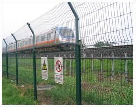 铁路隔离网